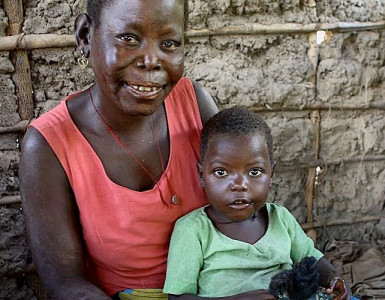 A woman and her child in Mozambique