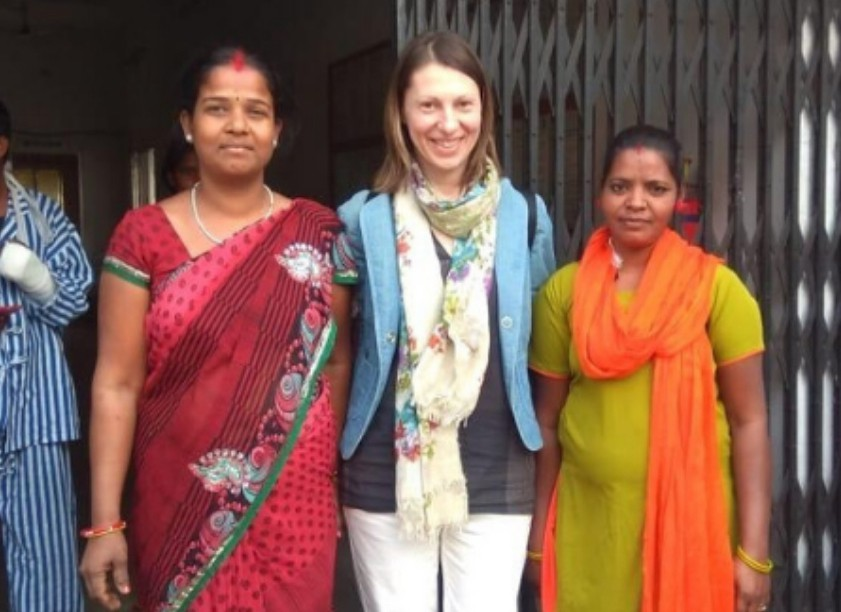 Milena meets two of the local women working at the centre.