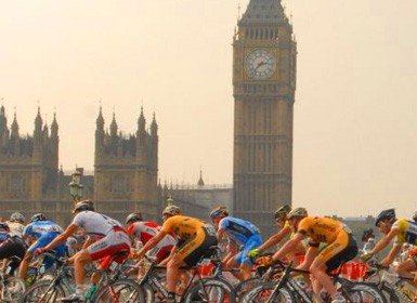 Cyclists undertaking the Prudential RideLondon 100